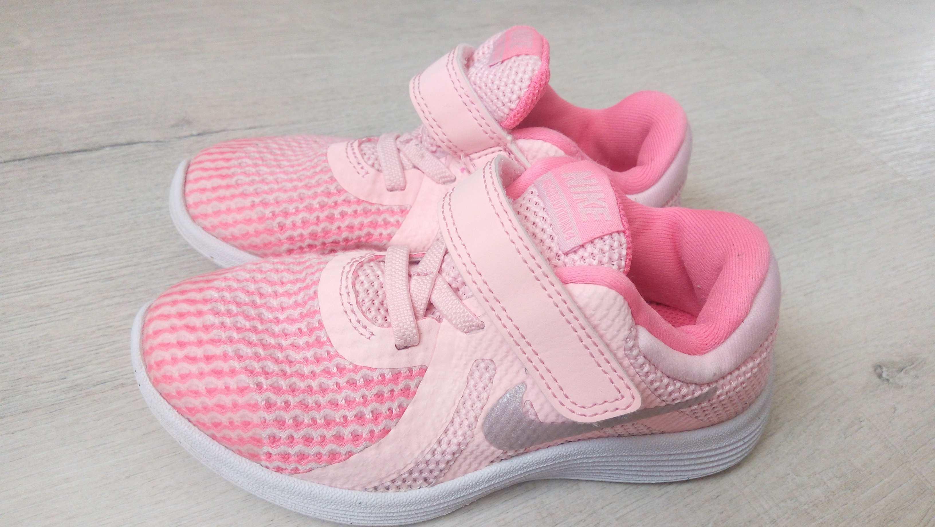 26 (16 см) Nike 2017 Оригинал! Кроссовки девочке. Цена, купить 26 ... 8ccebf322c0
