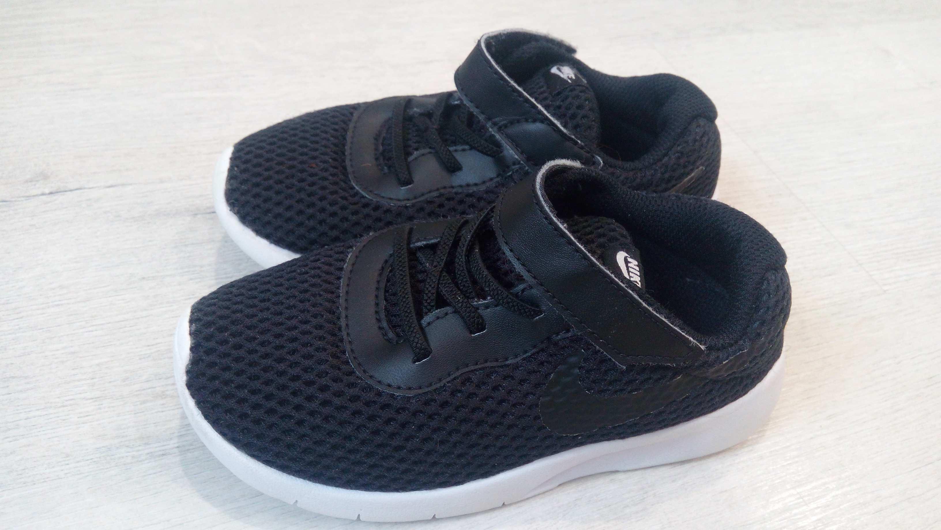 26-27 (17 см) Nike оригинал! Кроссовки мальчику. Цена, купить 26-27 ... b44f7ee9f13