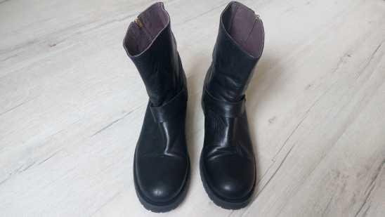 38 (25 см) Кожа! Португалия! Кожанные демисезонные ботинки для девочки