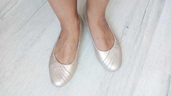 38-39 (24,8 см) Кожа! Clarks (Кларкс) Кожаные туфли на низком ходу\ балетки