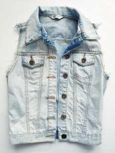 12-13 лет S-ка Стильная джинсовка с родными потертостями