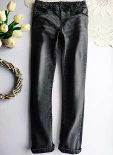 9-10 лет, рост 134,140 Стрейчевые джинсы узкачи для мальчика