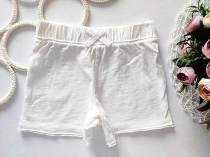 4,5 лет, рост 110 Белые детские шортики