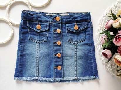 4,5 лет, рост 110 Хит сезона! Стрейчевая джинсовая юбка на пуговках