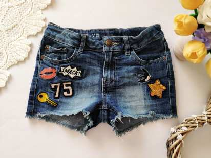 7,8 лет, рост 128 Стрейчевые джинсовые шорты