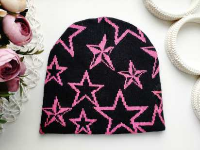 Стрейчевая шапка в звездах