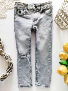 3 года, рост 98 Рваные джинсы для мальчика