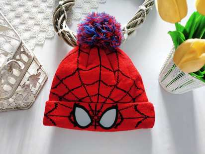 Теплая шапка для мальчика Человек паук