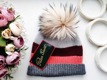 Новая зимняя шапка для девочки