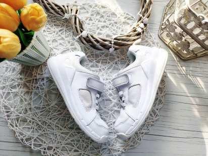 28 (17,5 см) Белые кожаные кроссовки