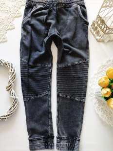 9,10 лет, рост 140 Спортивные штаны для мальчика