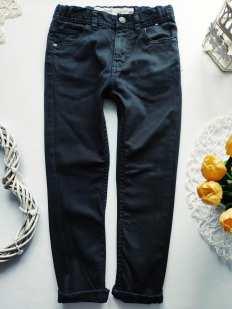 6 лет, рост 116 Черные джинсы узкачи для мальчика