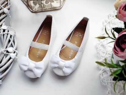 20-21 (13 см) Новые белые туфли на 12\18 мес.