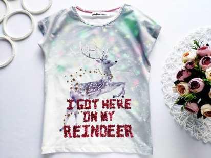 7,8 лет, рост 128 Детская футболка в паетках