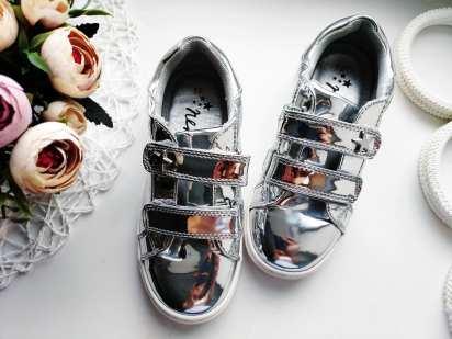 29 (19 см) Серебристые кроссовки для девочки
