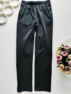 9 лет, рост 137-147 Спортивные штаны