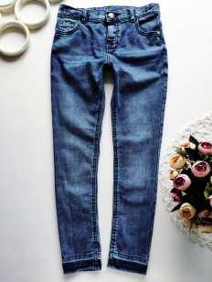 9,10 лет, рост 140 Стрейчевые джинсы узкачи для девочки