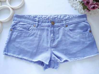 46р. (12) Женские джинсовые шорты