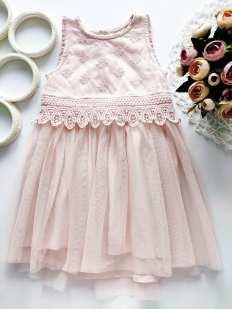 2,3 года, рост 98 Нарядное детское платье