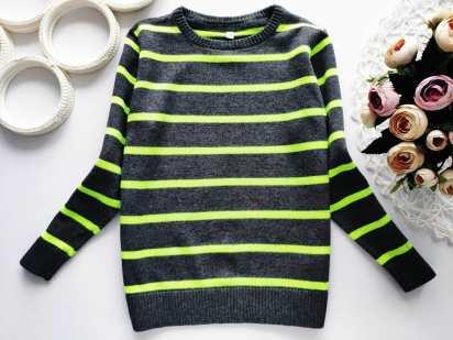 4,5 лет, рост 104,110 Хлопковый свитерок для мальчика