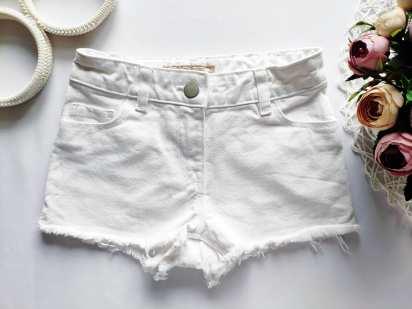 5 лет, рост 110 Белые джинсовые шорты
