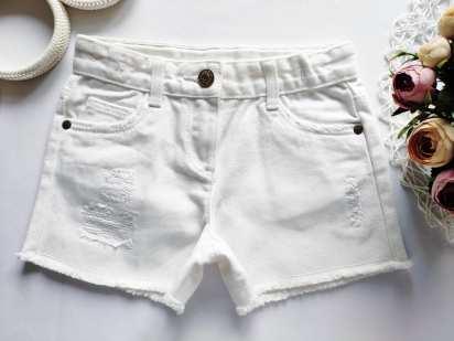 7 лет, рост 122 Новые белые шорты