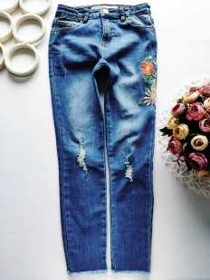 10,11 лет, рост 146 Стрейчевые джинсы скинни