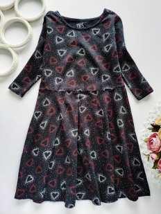 7,8 лет, рост 128 Детское платье в сердечках