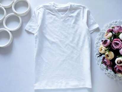 7,8 лет, рост 128 Новая белая футболка