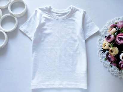 5,6 лет, рост 110,116 Белая футболка