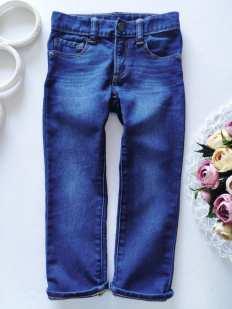 4 года, рост 104 Стрейчевые джинсы