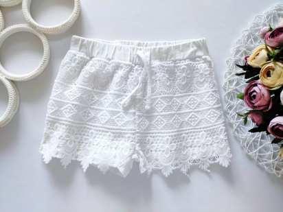 5,6 лет, рост 116 Белые ажурные шорты