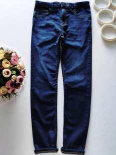 11 лет, рост 146 Стрейчевые джинсы