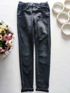 9 лет, рост 134 Стрейчевые джинсы скинни