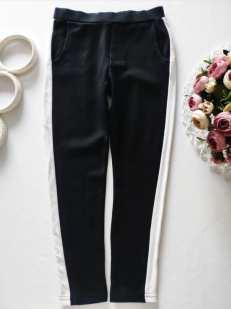 6 лет, рост 116 Стрейчевые штаны с лампасами