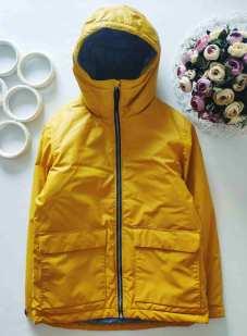 11 лет, рост 146 Лимонная курточка для мальчика