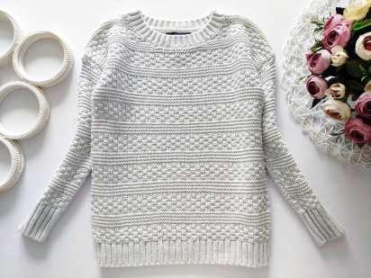 4,5 лет, рост 110 Котоновый свитерок с люрексом