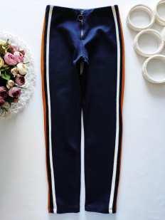 10 лет, рост 140 Плотные штаны с лампасами