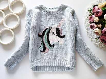 6,7 лет, рост 122  Блестящий свитер с единорогом