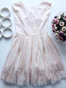 10 лет, рост 140 Шикарное нарядное платье