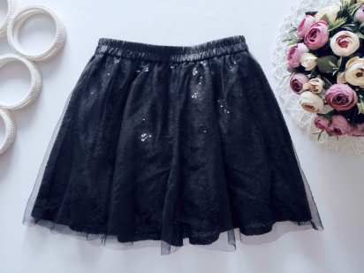 9,10 лет, рост 140 Черная юбка в паетках