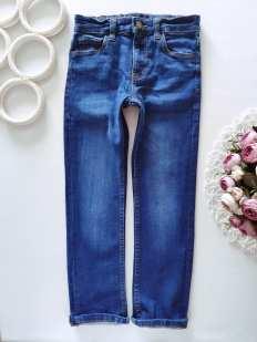 6 лет, рост 116 Стрейчевые джинсы