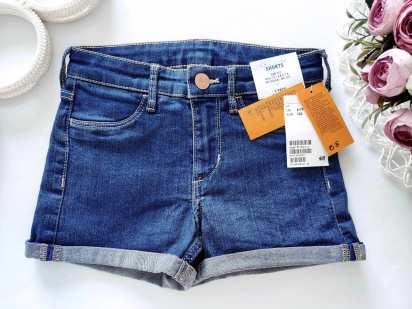 6,7 лет, рост 122 Новые джинсовые шорты
