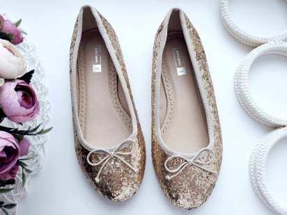 33 (21 см.) Золотистые туфли