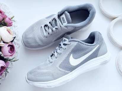 35 (22,5 см) Легкие кроссовки