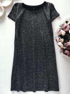 7 лет, рост 122 Блестящее черное платье