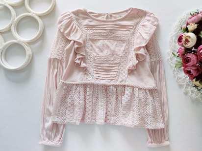 6 лет, рост 116 Нежная детская блузка