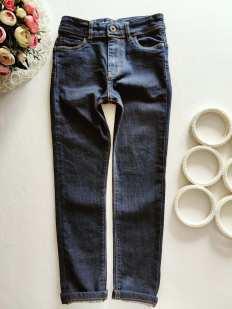 9 лет, рост 134 Детские джинсы скинни
