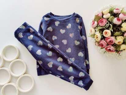 3,4 года, рост 98,104 Махровая пижама в сердцах