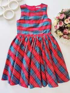8,9 лет, рост 134 Пышное детское платье